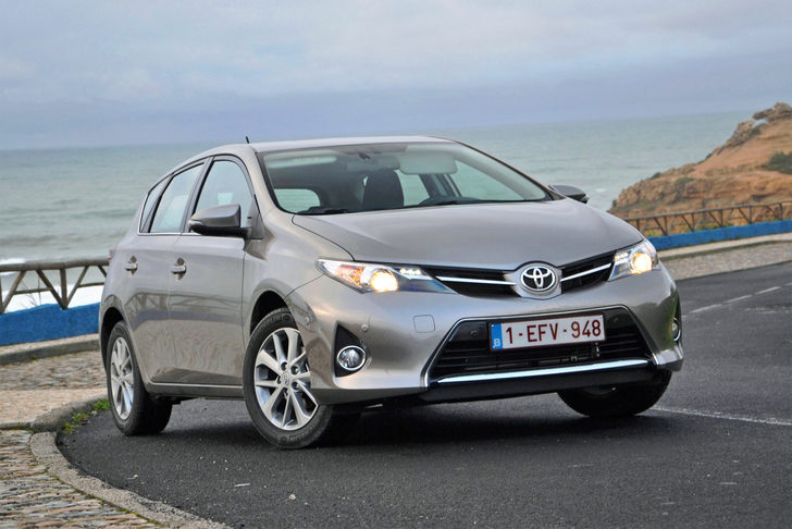 Toyota Auris Hybrid 1.8 Advance